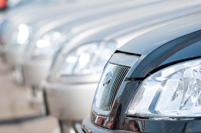 Zakup samochodu bez dowodu rejestracyjnego - kiedy bezpieczny?